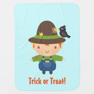 Niedlicher Vogelscheuche-Junge scherzt Halloween Babydecke