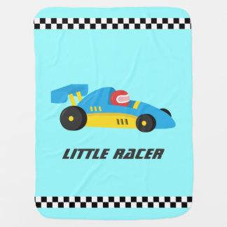 Niedliches blaues Rennen-Auto für den kleinen Kinderwagendecke