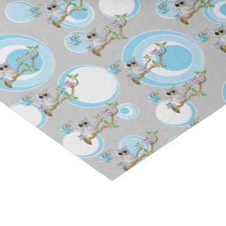 Niedliches blaues und graues Duschen-Thema der Seidenpapier
