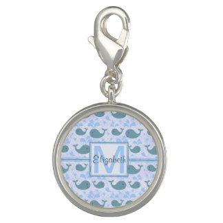Niedliches Blauwal-Muster-Monogramm Foto Charms