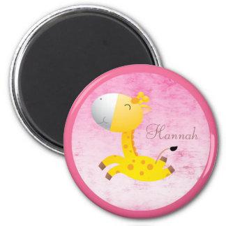 Niedliches Cartoon-Giraffen-Rosa personalisiert Runder Magnet 5,7 Cm