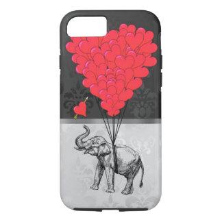 Niedliches Elefant- und Liebeherz auf Grau iPhone 7 Hülle