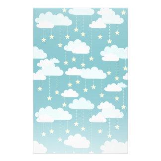 Niedliches fallende Stern-u. Wolken-Muster Briefpapier