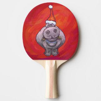 Niedliches Flusspferd in der Weihnachtsmannmütze Tischtennis Schläger