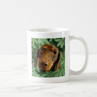 Niedliches Grün-Blätter der Dackel-(Brown Kaffeetasse