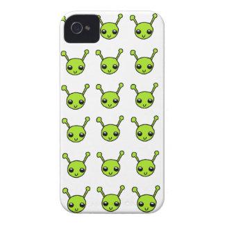 Niedliches grünes Außerirdische-BlackBerry-mutiger iPhone 4 Case-Mate Hüllen