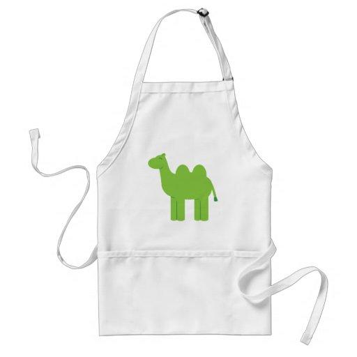 Niedliches grünes Kamel Schürze