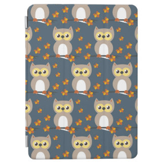 Niedliches Herbst-Eulen-Muster iPad Air Cover