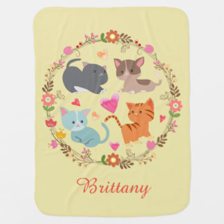 Niedliches Kätzchen in der Blumewreath-Baby-Decke Puckdecke