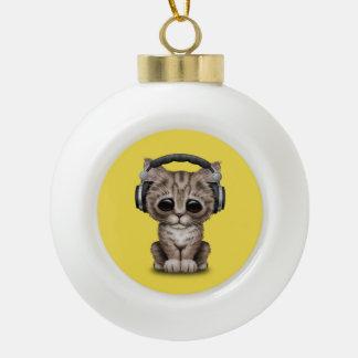 Niedliches Kätzchen-tragende Kopfhörer Keramik Kugel-Ornament
