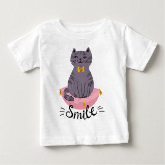 Niedliches Katzen-Lächeln Baby T-shirt