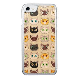 Niedliches Katzen-Muster Carved iPhone 8/7 Hülle