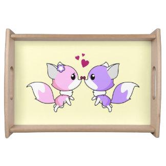 Niedliches kawaii foxes Cartoon in den rosa und Tablett