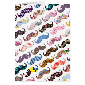 Niedliches lustiges buntes Schnurrbart-Muster Mitteilungskarte