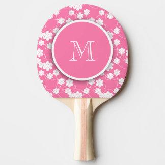 Niedliches Mod-Rosa-Blumen-Muster, Ihre Initiale Tischtennis Schläger