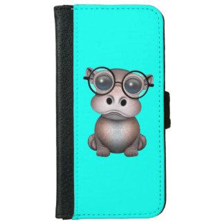 Niedliches Nerdy Baby-Flusspferd-tragende Gläser iPhone 6/6s Geldbeutel Hülle