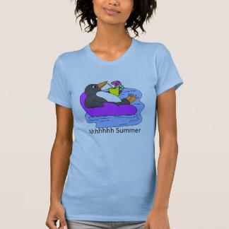 Niedliches Pinguin, das im Floss-Sommer-T - Shirt
