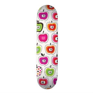 Niedliches retro Apfelmuster Skateboarddecks