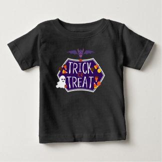 Niedliches Trick-oder Leckerei-Süßigkeits-Shirt Baby T-shirt