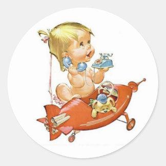 Niedliches Vintages Baby am Telefon Runder Aufkleber