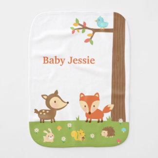 Niedliches Waldwaldtier für Babys Spucktuch