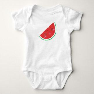 Niedliches Wassermelonebaby wachsen Baby Strampler