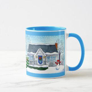 Niedliches Weihnachtshaus mit der Snowman-Tasse Tasse