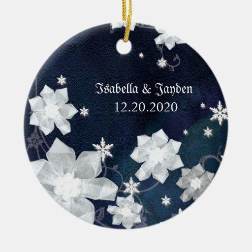 Niedliches Winter-Glitter-Hochzeits-Andenken für Rundes Keramik Ornament
