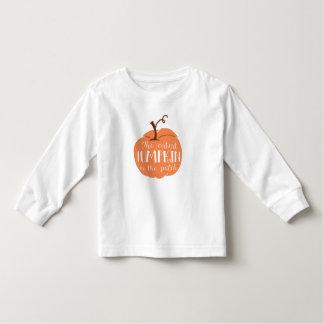 Niedlichster Kürbis im Fleckenkleinkind-Shirt Kleinkind T-shirt