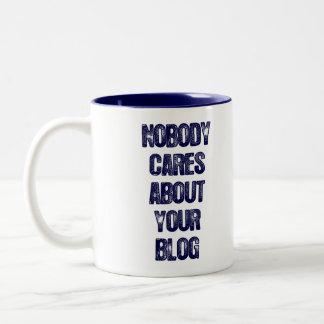 Niemand interessiert sich für Ihren Blog. Tassen