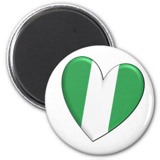 Nigeria-Herz-Flaggen-Magnet Runder Magnet 5,7 Cm