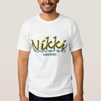 """Nikki U. (Universität) """"Anwendungen annehmend """" Tshirts"""