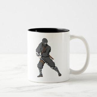 Ninja ~ Ninjas Kampfkunst-Kriegers-Fantasie Zweifarbige Tasse