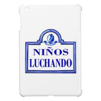 Niños Luchando, Granada-Straßenschild iPad Mini Cover