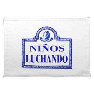 Niños Luchando, Granada-Straßenschild Tischset