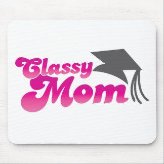 Noble Mamma mit Abschlusshut Mousepad
