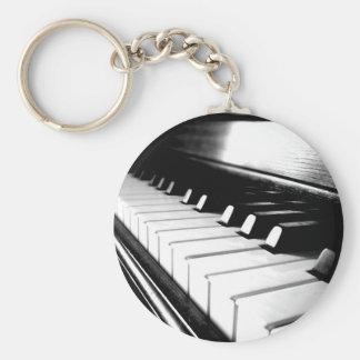 Noble schwarze u. weiße Klavier-Fotografie Standard Runder Schlüsselanhänger