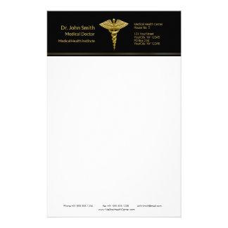 Nobler medizinischer GoldCaduceus auf Schwarzem - Briefpapier