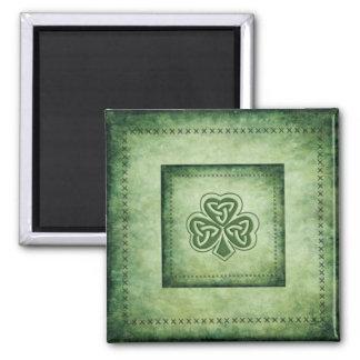 Nobles grundge irisches glückliches Kleeblatt Quadratischer Magnet