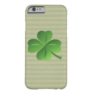 Nobles Trendy irisches glückliches Kleeblatt Barely There iPhone 6 Hülle