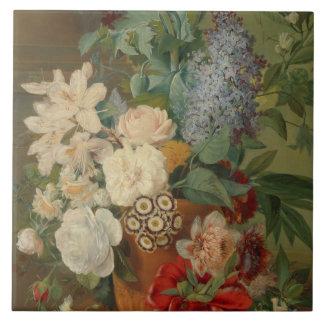 Noch Leben mit Blumen in einem Terrakotta-Vase Fliese