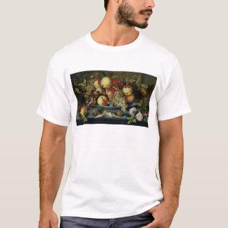 Noch Leben mit Frucht, Blumen und Meeresfrüchten T-Shirt