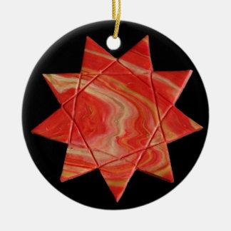 Nonagram oder Enneagram Stern-Verzierung Keramik Ornament