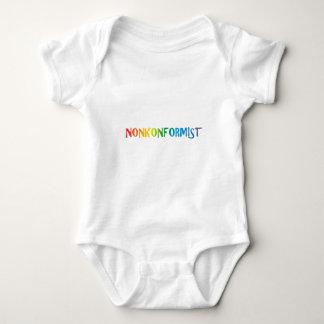 Nonkonformist Baby Strampler