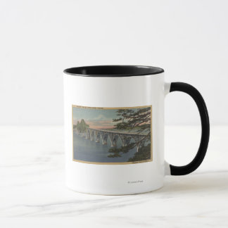 Nordbiegung, Oregon - Gurren-Bucht-Brücken-Ansicht Tasse