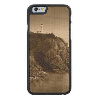 Nordhauptfort Canby Staats-Park des leuchtturm-|, Carved® iPhone 6 Hülle Ahorn