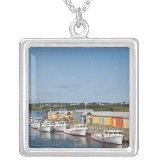 Nordsee-Hafen, Prince-Edward-Insel. Halskette Mit Quadratischem Anhänger