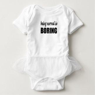 normal baby strampler