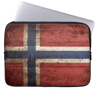 Norwegen-Flagge auf altem hölzernem Korn Computer Schutzhüllen