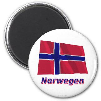 Norwegen Fliegende Flagge MIT Namen Runder Magnet 5,7 Cm